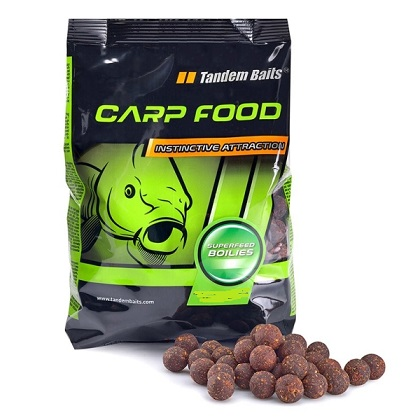 Boilies Super Feed 18 mm / Halibut - Strawberry